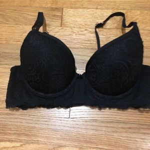 Aerie black lace Day-to-Play plunge push-up bra